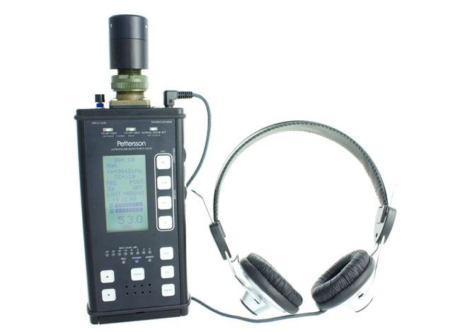 D1000X Bat Detector with headphones